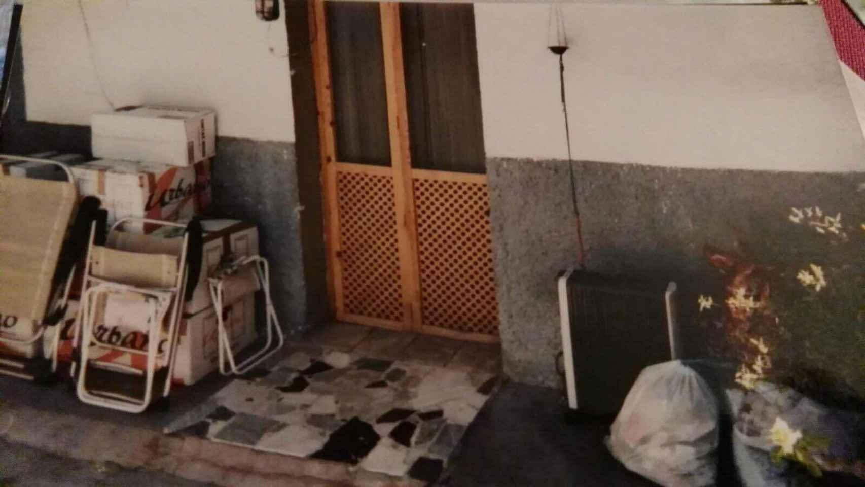 Los vecinos de Cerro Belmonte inmortalizan el día que se mudan de sus casas para irse a los nuevos pisos